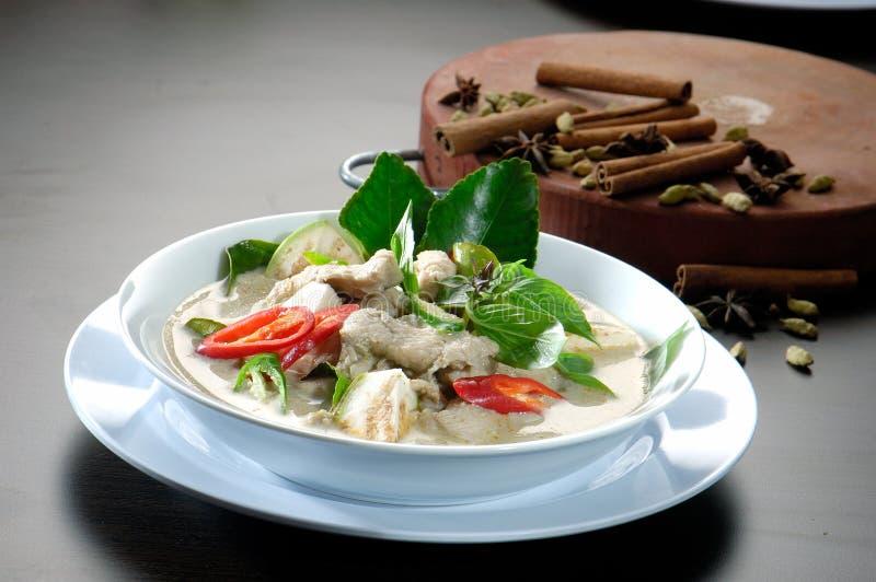 Alimento tailandese. Tum Kha Kai fotografie stock