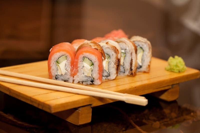 Alimento tradizionale del Giappone - rullo fotografia stock libera da diritti