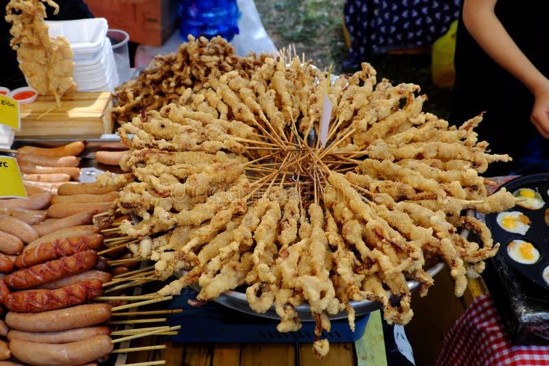 Alimento vietnamita della via, calamaro croccante immagini stock libere da diritti