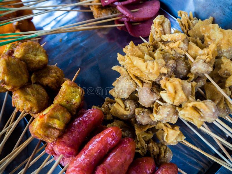 Alimentos de Lok Lok Snack em Penang, Malásia fotografia de stock royalty free