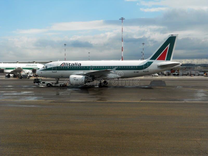 Alitalia md royaltyfri bild