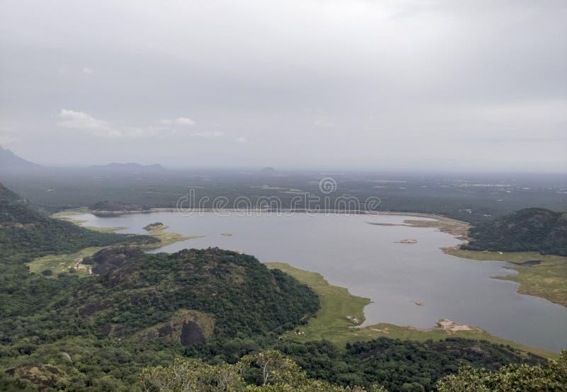 Aliyar Dam, Anamalai, Tamilnadu, Indien fotografering för bildbyråer