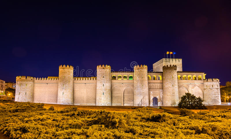 Aljaferia, der arabische Palast in Saragossa, Spanien stockbilder