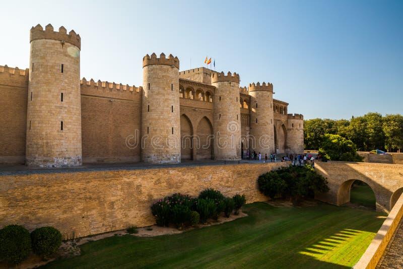 Aljaferia, ein verstärkter mittelalterlicher islamischer Palast in Saragossa - Spanien stockfoto