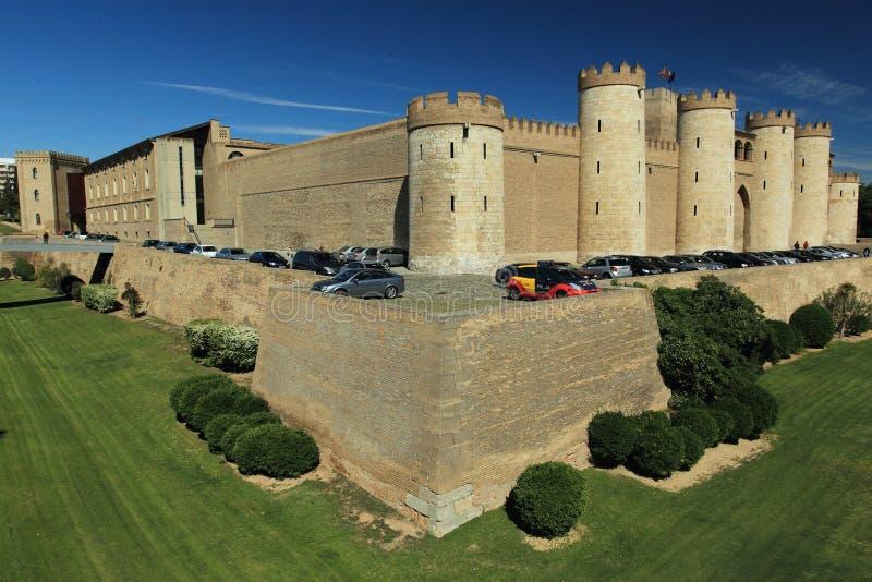 Aljaferia Palast in Zaragoza stockbilder