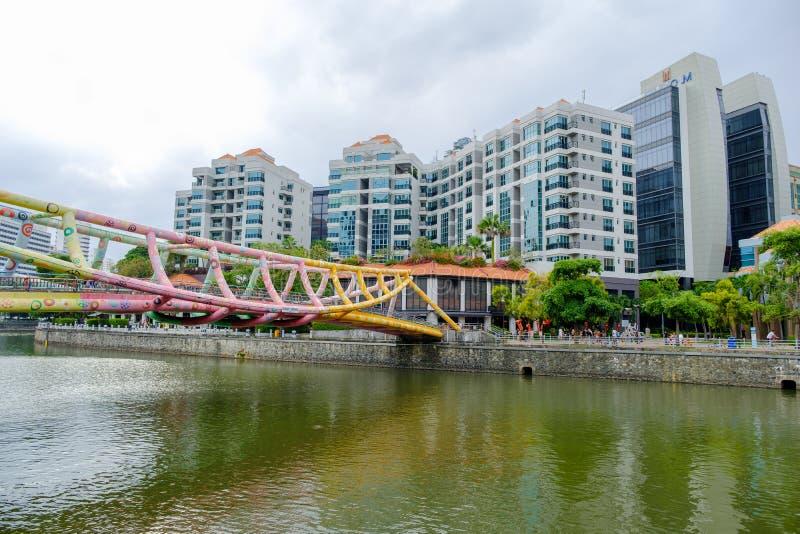 Alkaff bro, h?rlig bro ?ver floden arkivbild