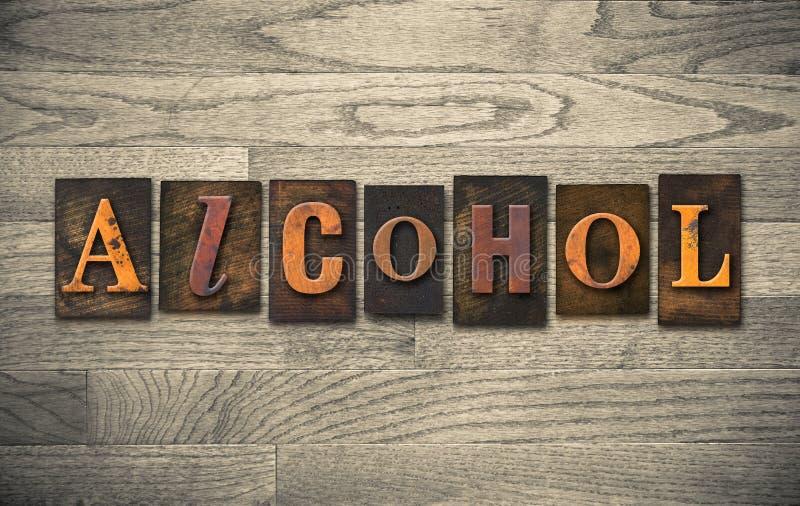 Alkohol-hölzernes Briefbeschwerer-Thema stockfoto
