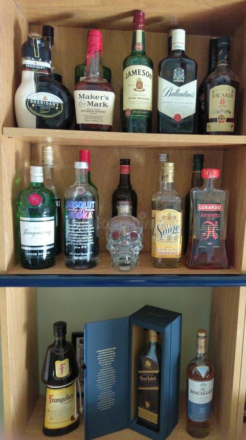 Alkoholflaschen lizenzfreie stockfotografie