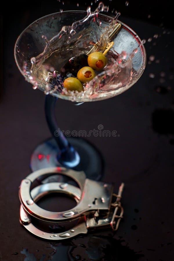 Alkoholtangenthandbojor royaltyfri foto