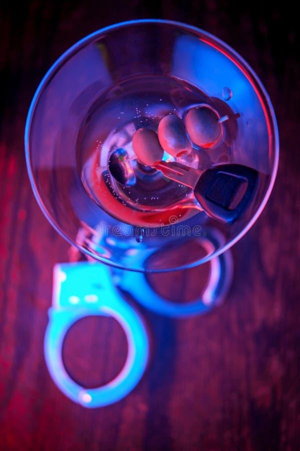 Alkoholtangenthandbojor arkivbild