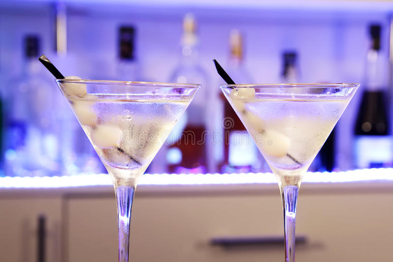 Alkoholu koktajlu Gibson Martini cebula fotografia royalty free