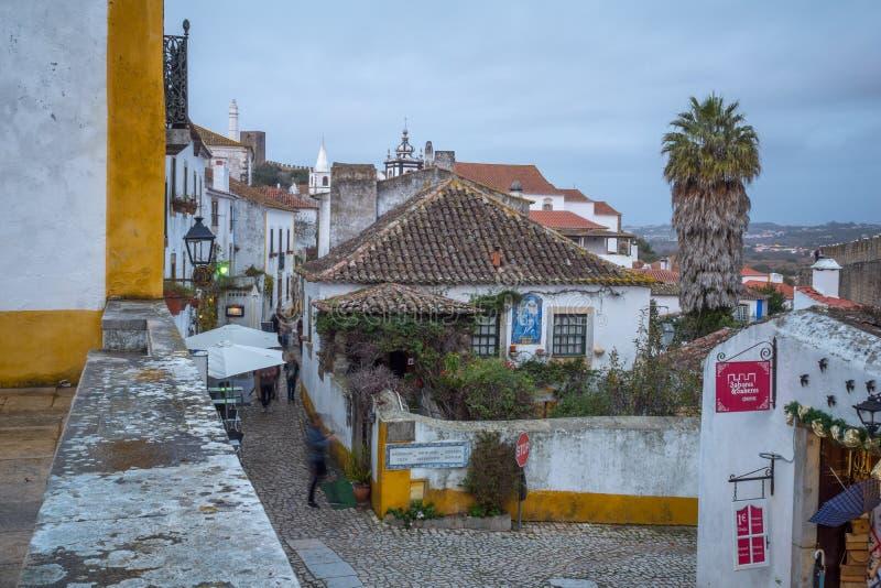 Allée dans la vieille ville, Obidos photos stock