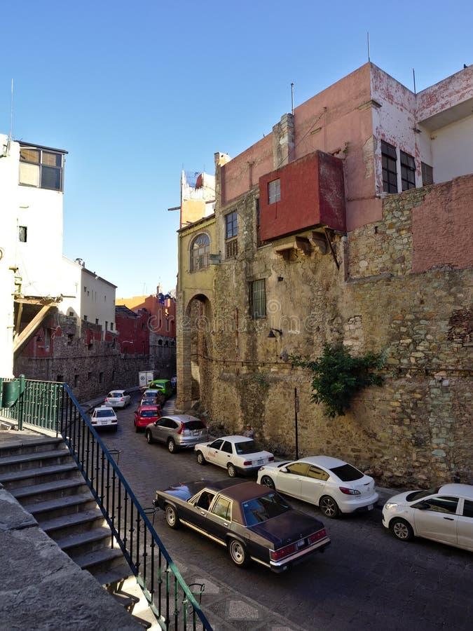 Allée dans la ville de Guanajuato images libres de droits