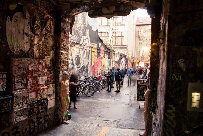 Allée de graffiti photos stock