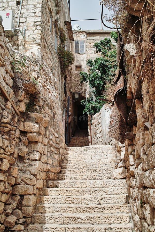 Allée de la vieille ville, SAFED, ISRAËL photographie stock