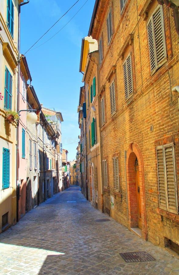 allée Macerata La Marche l'Italie photo stock