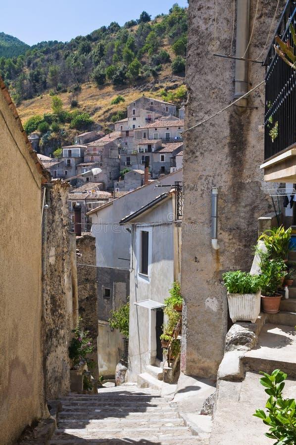 Download Allée Morano Calabro La Calabre L'Italie Photo stock - Image du antique, panoramique: 45358304