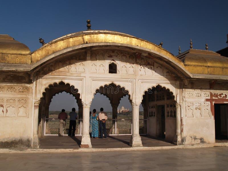 All'interno della fortificazione rossa a Agra, l'India fotografia stock