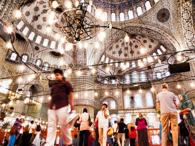 All'interno della moschea blu fotografia stock libera da diritti