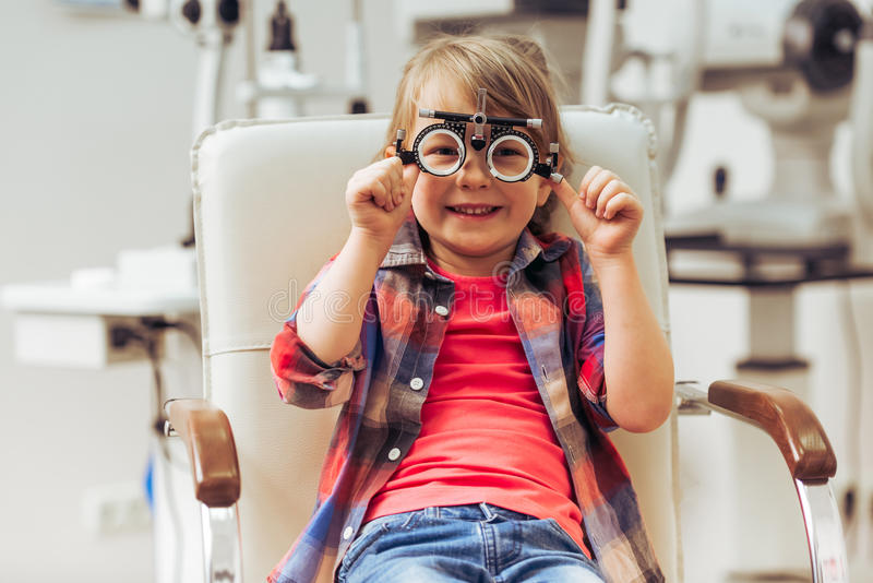 All'oftalmologo fotografia stock libera da diritti