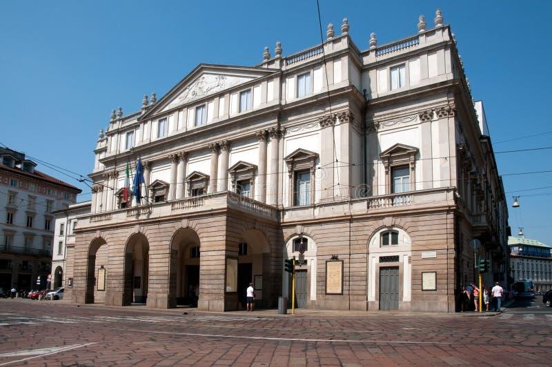 alla意大利米兰scala teatro 库存照片