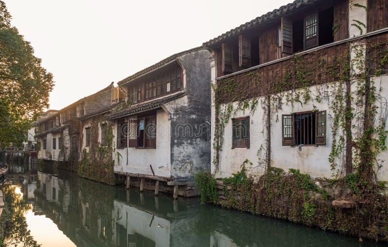 Alla citt? dell'acqua di Zhouzhuang, Suzhou, Cina fotografia stock