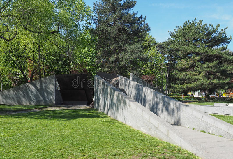 Alla Resistenza Europea de Monumento (memorial de guerra europeu da resistência) em Como foto de stock