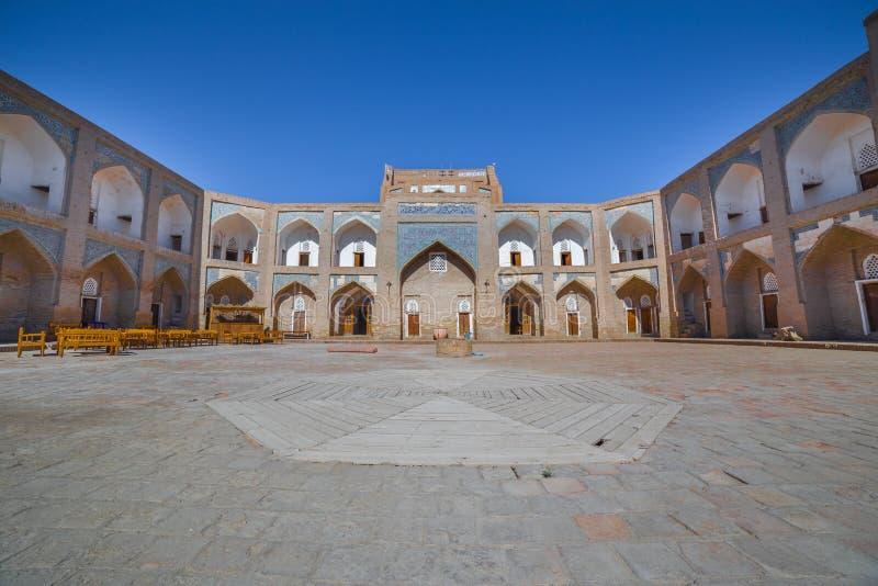 Allakuli Khan Madrasah, в Khiva, Узбекистан стоковые изображения