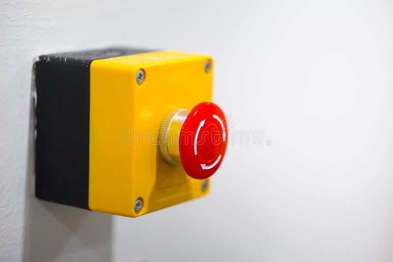 Allarme antincendio del bottone dell'arresto di emergenza immagini stock libere da diritti