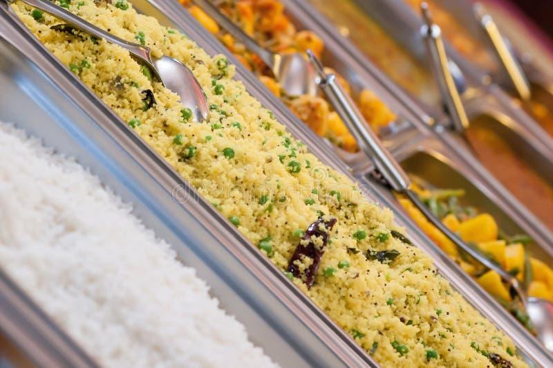 Alle können Sie Mittagessenbuffetwahl der Mahlzeit essen lizenzfreie stockfotos