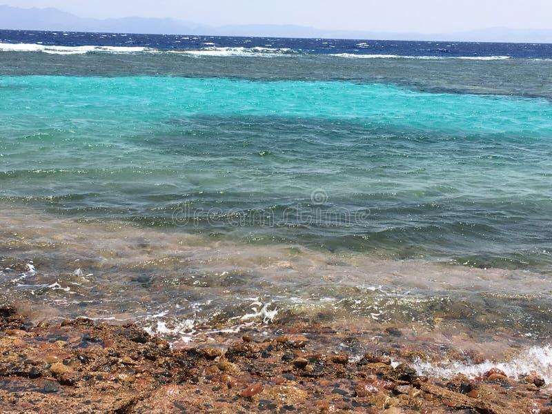 Alle Schatten von blauem Meer lizenzfreie stockbilder