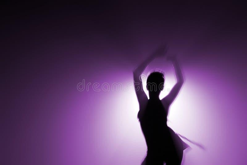 Alleen danser stock foto