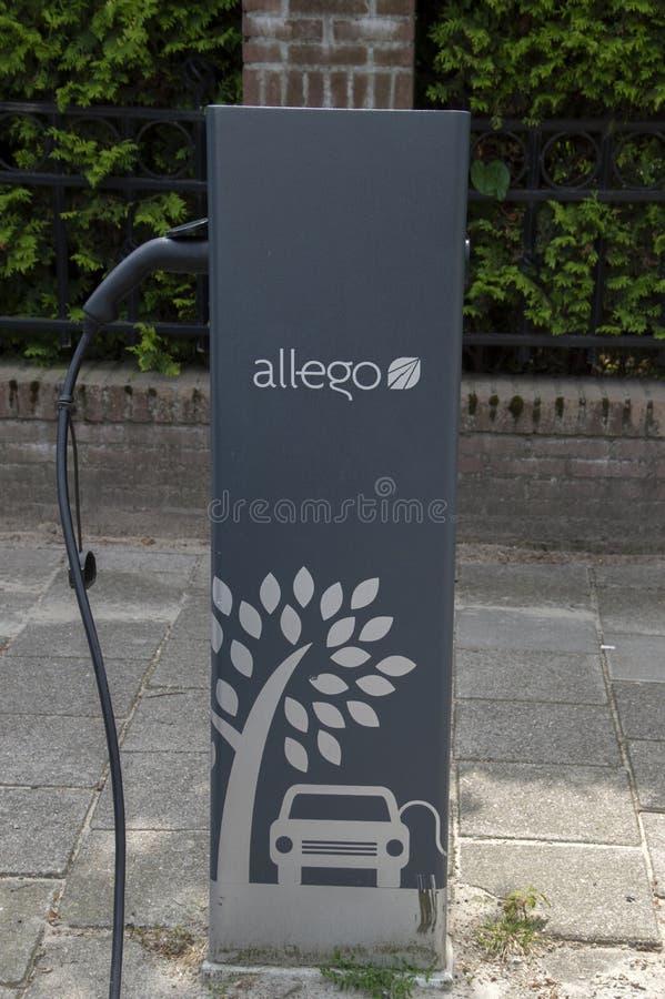 Allego-adapter för elbilar i Amstelveen Nederländerna 2019 royaltyfria bilder