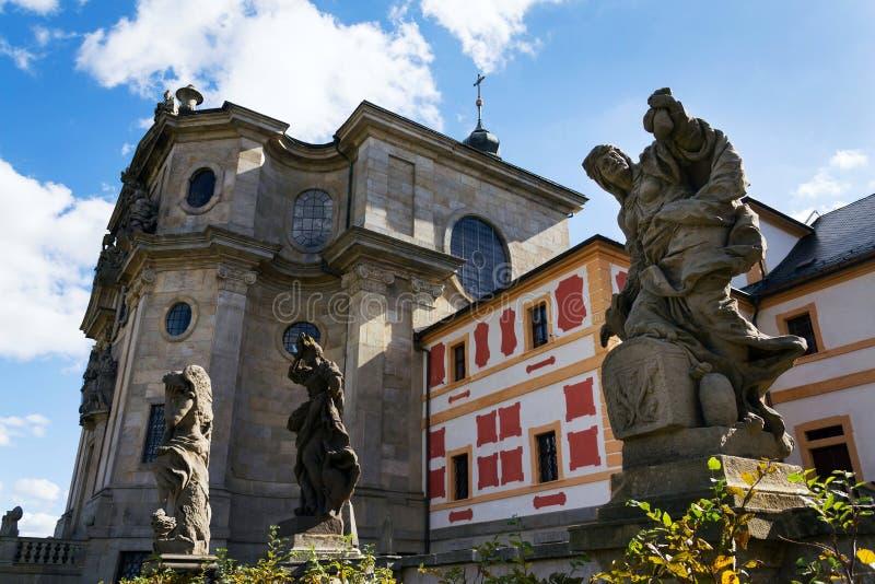 Allegorische Statuen der Vorzüge und der Laster von Matyas Braun bei Kuks, Region Hradec Kralove, Trutnov-Bezirk, Tschechische Re lizenzfreie stockbilder