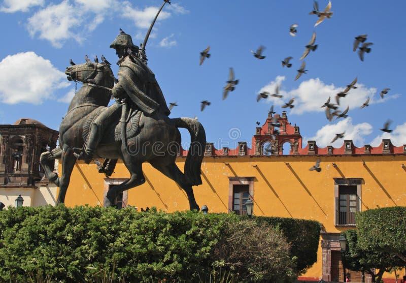 Allende-Statue, San Miguel stockbilder