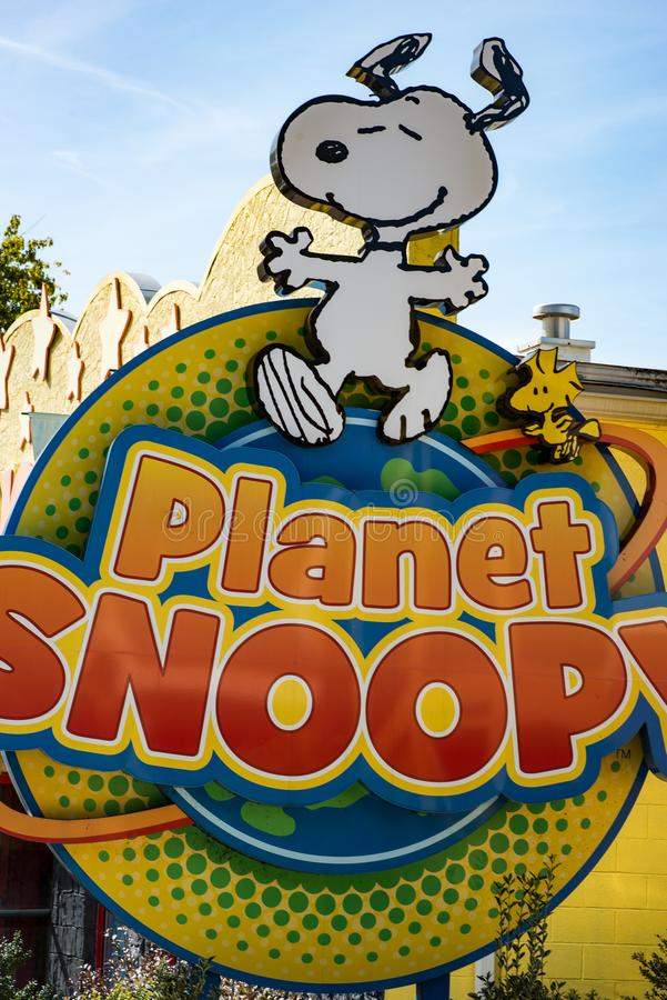 ALLENTOWN, PA - 22. OKTOBER: Planet Snoopy an Dorney-Park in Allentown, Pennsylvania lizenzfreie stockbilder