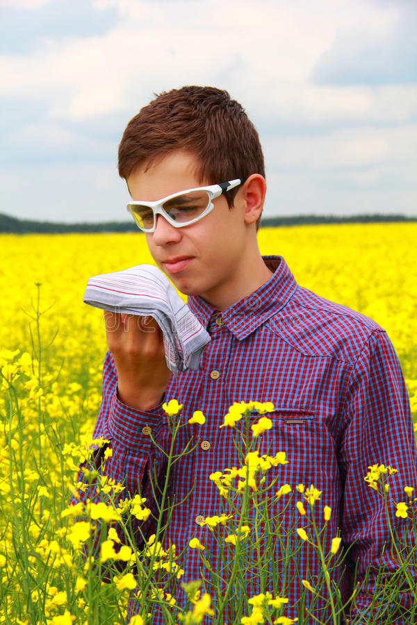 Download Teenager Suffering From Pollen Allergy Stock Photos - Image: 31229453