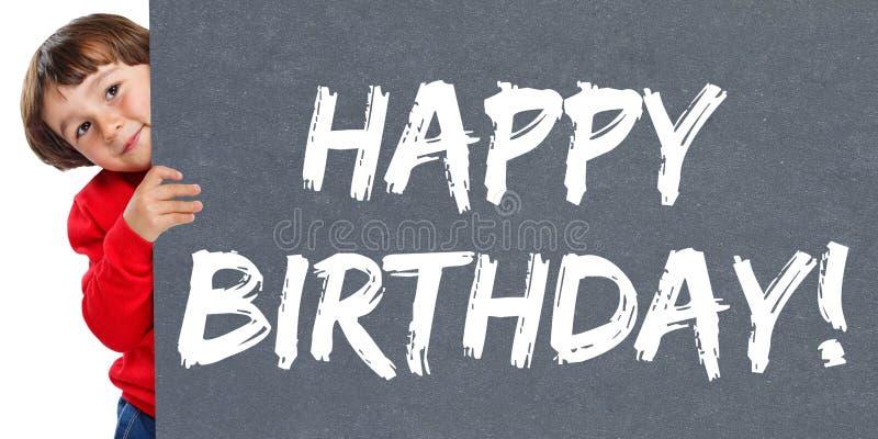 Alles- Gute zum Geburtstaggrußfeierkinderkinderjunger kleiner Junge lizenzfreie stockfotos