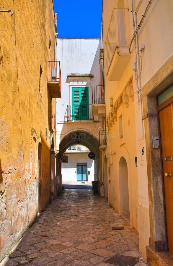 alleyway Fasano Puglia Italy imagem de stock