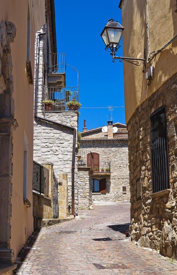 alleyway Guardia Perticara Basilicata Italy foto de stock