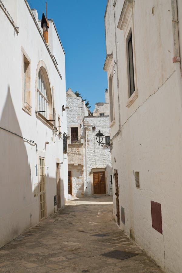 alleyway Locorotondo Puglia Italy imagem de stock royalty free