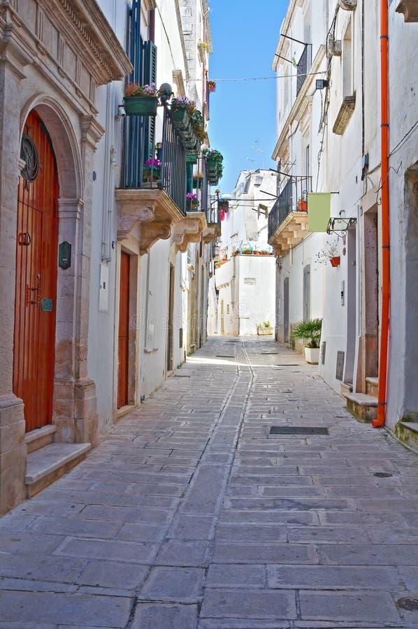 Alleyway. Martina Franca. La Puglia. L'Italia. fotografia stock