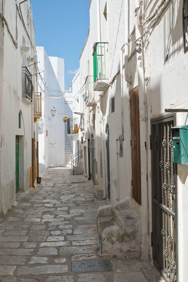 alleyway Mottola Puglia Italy imagem de stock royalty free