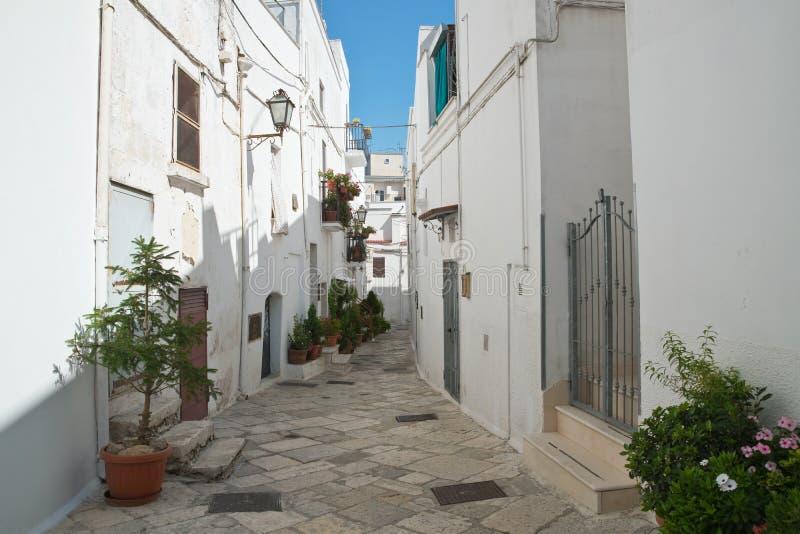 alleyway Mottola Puglia Italy imagens de stock royalty free