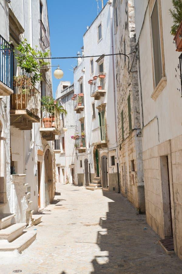 alleyway Putignano Puglia Italy foto de stock royalty free