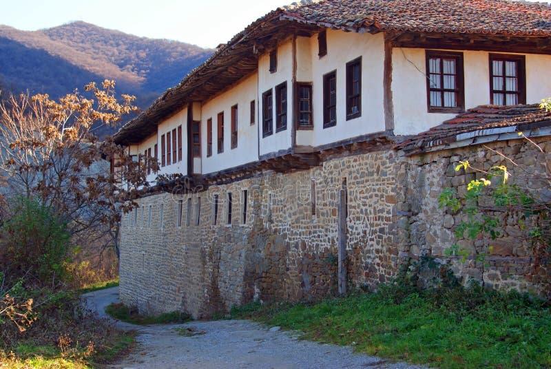 Allgemeine Ansicht des kilifarevo Klosters stockfotos