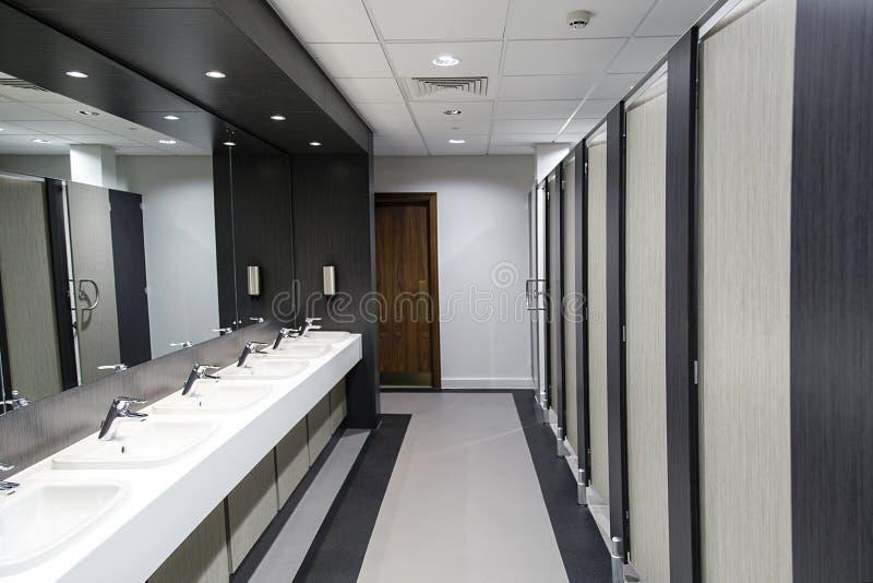 Allgemeines Badezimmer lizenzfreies stockfoto