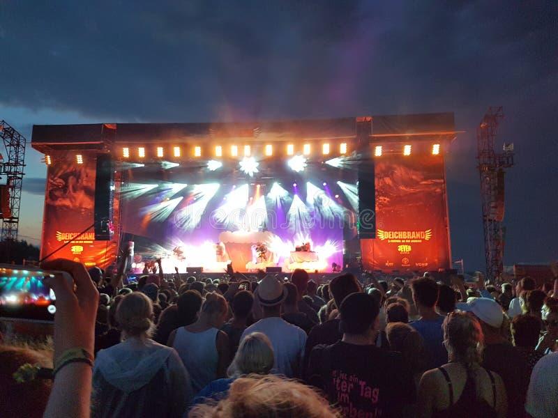 Alligatoah koncert Deichbrand 2016 Cuxhaven fotografia stock