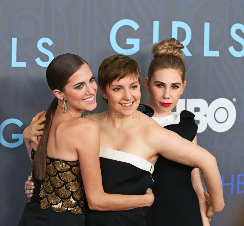 Allison Williams, Lena Dunham, e Zosia Mamet fotografia de stock royalty free