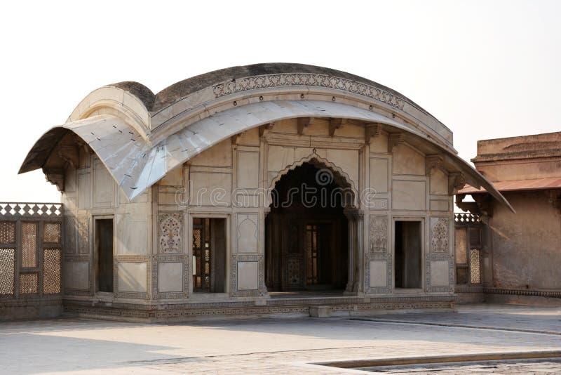 Allmän sikt av den Naulakha paviljongen – Lahore fort royaltyfri bild